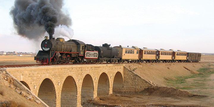 הרכבת על מסילת הברזל החג'אזית מדרום לעמאן, ירדן (Reinhard Dietrich)
