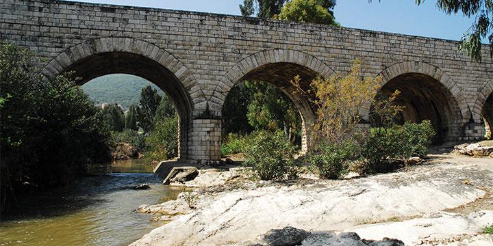 גשר הרכבת החיג'אזית מעל הקישון (אודי שטיינוול)